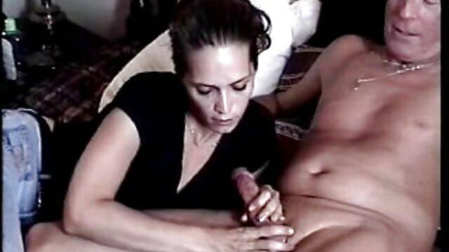 Nudo atleta può video porno per scaricare scattare foto
