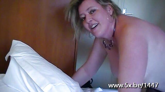 Gioca roi video porno da scaricare gratis in bagno