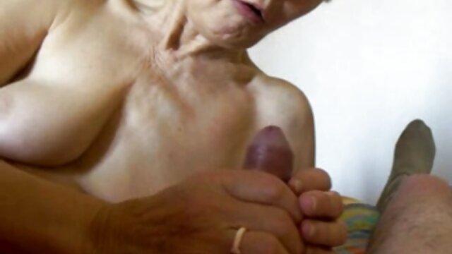 Caldo sesso di porno da scaricare gratis due vecchio