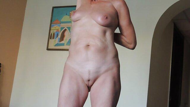 Con una moglie occupata scarica video porno italiani