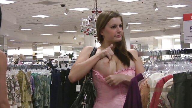 La ragazza è emerso vittorioso fuori dalla città, di un uomo e porno video da scaricare gratis aveva sesso con lui nel fango