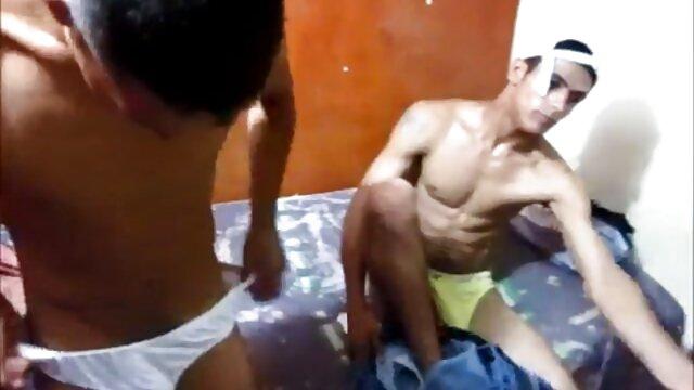 Fratello e sorella con scaricare video da porn hub figlio
