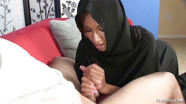 Due uomini bianchi con porno film da scaricare feccia sono divertenti